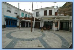 Platia (The Square)2