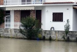 04_Apartment_near_the_water