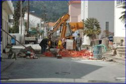 Mainstreet in Kokkari blocked for 1 week. Drain-work.